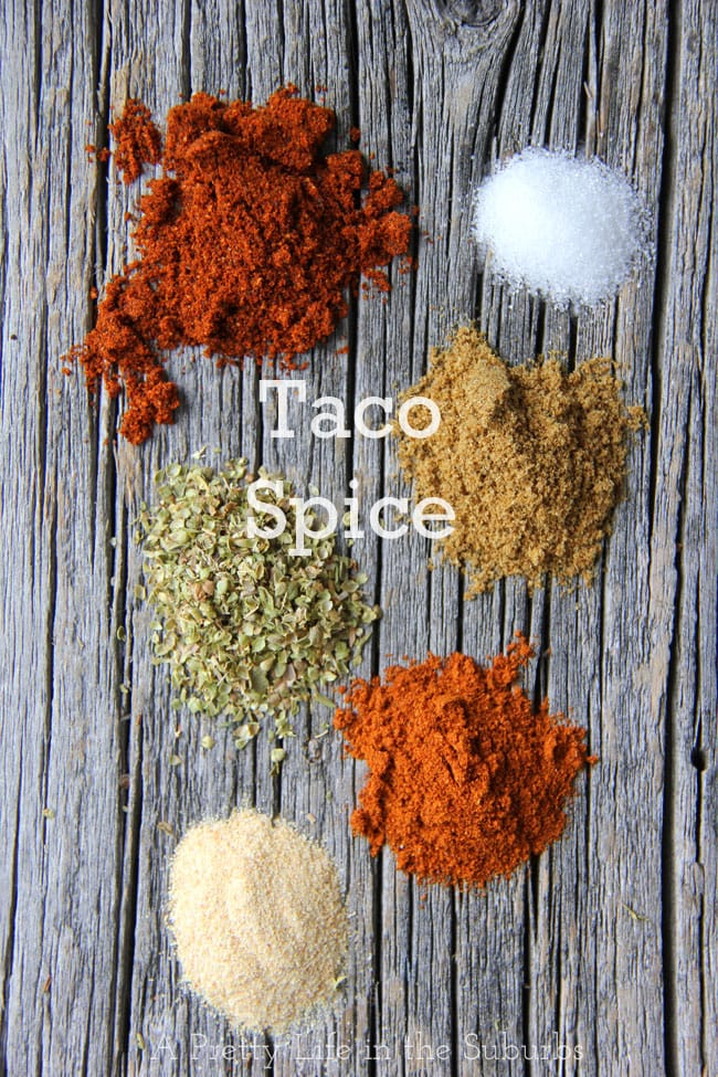 Homemade Taco Seasoning {A Pretty Life}