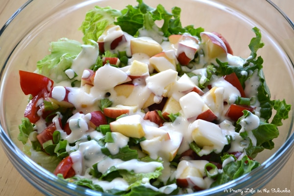 lettuce salad with mayonnaise dressing