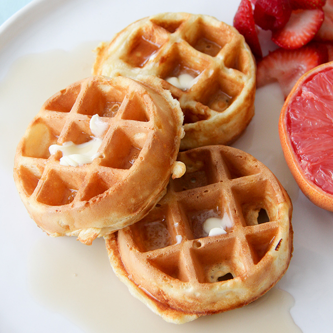Eggless Waffles A Pretty Life In The Suburbs