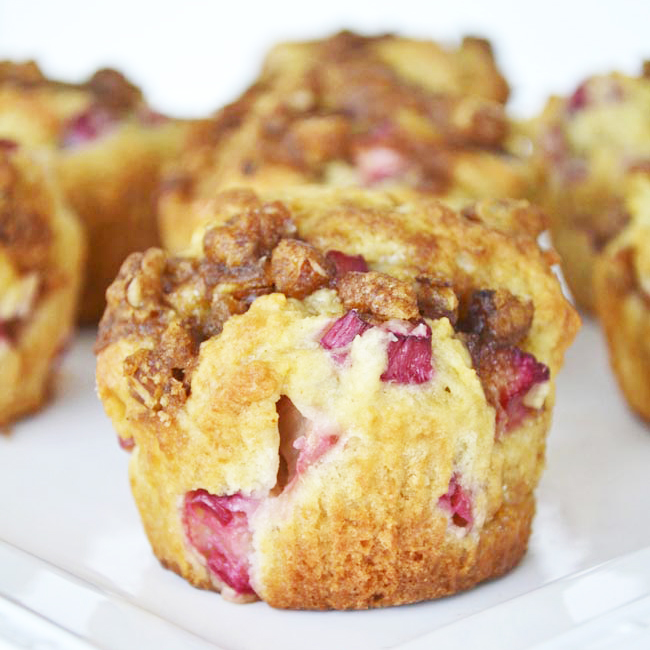 Strawberry Rhubarb Muffins with Pecan Streusel