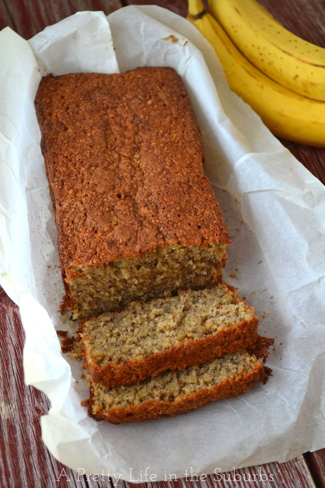 Easiest-Wheat-Free-Banana-Bread-{A-Pretty-Life}