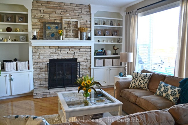 Late-Summer-Living-Room-11{A-Pretty-Life}