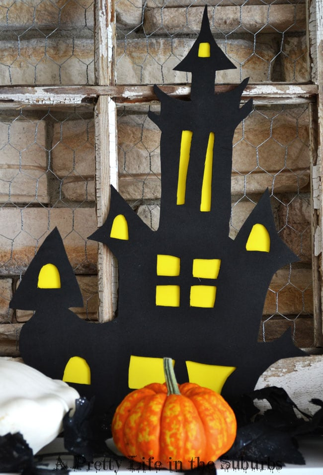 Haunted House Cut Out {A Pretty Life}