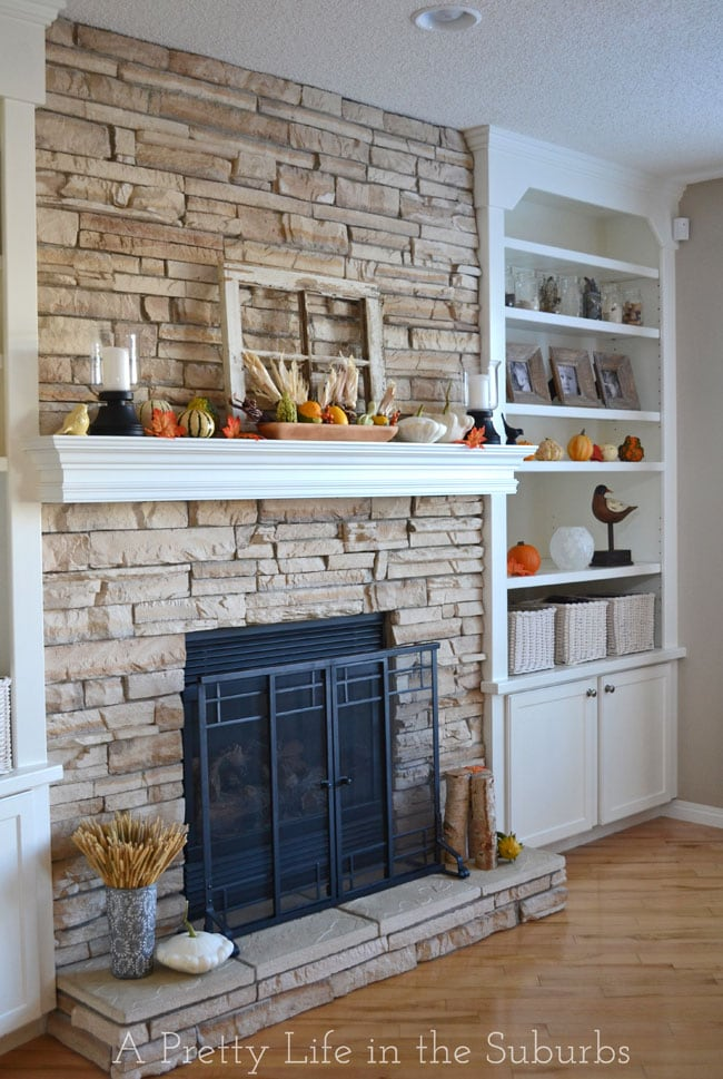 Thanksgiving & Fall Mantel {A Pretty Life}