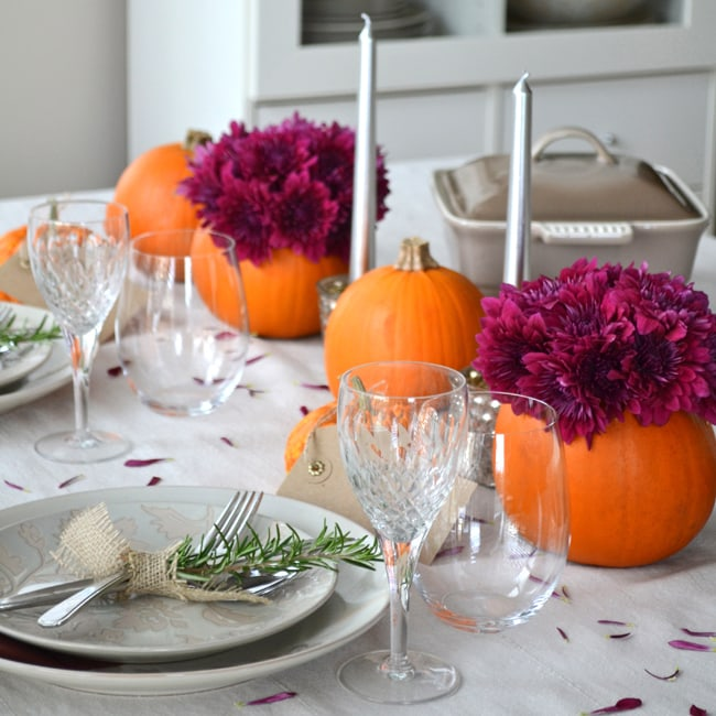 Simple Ideas for a Thanksgiving Table Setting - A Pretty Life In The Suburbs & Simple Ideas for a Thanksgiving Table Setting - A Pretty Life In The ...