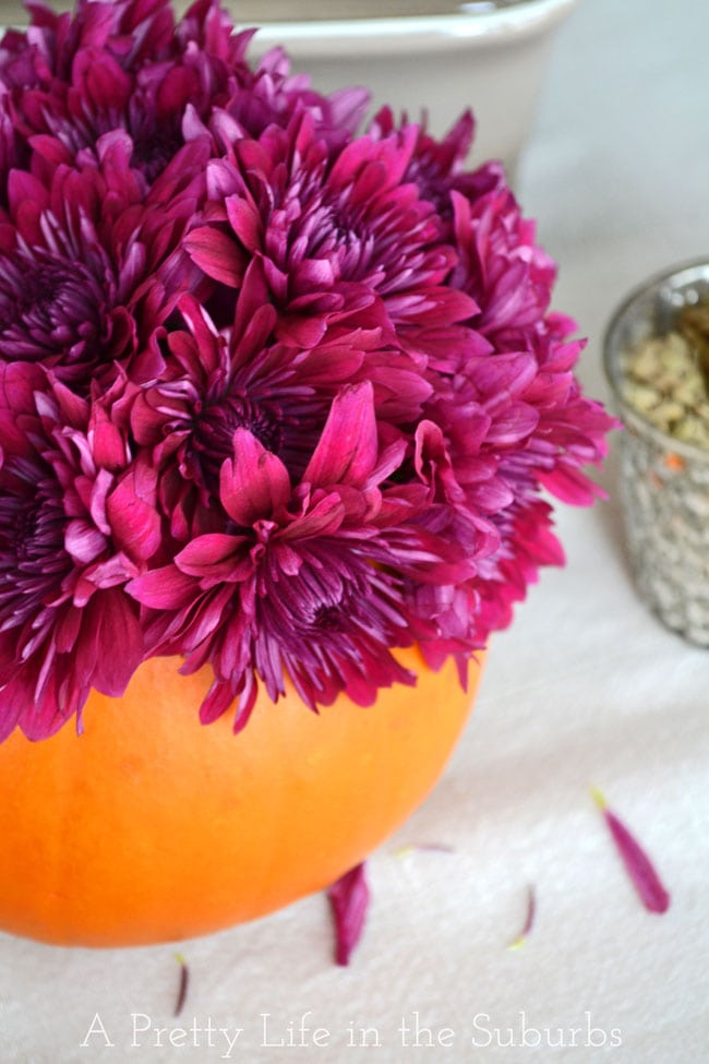 Thanksgiving Table A Pretty Life & Simple Ideas for a Thanksgiving Table Setting - A Pretty Life In The ...