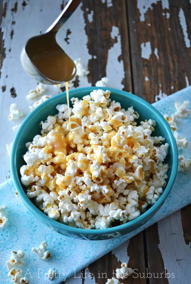 Caramel Corn {A Pretty Life}