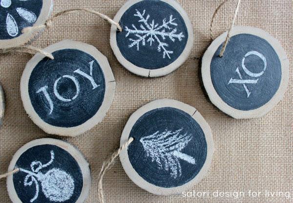 Make-Your-Own-Log-Slice-Chalkboard-Ornaments