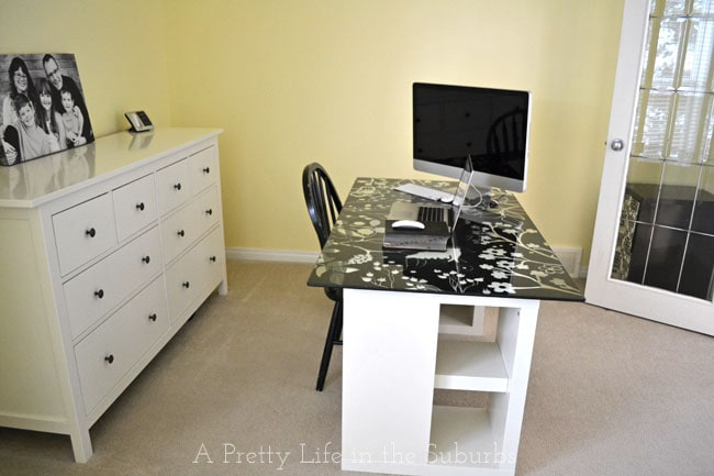 Office-Makeover-3{A-Pretty-Life}