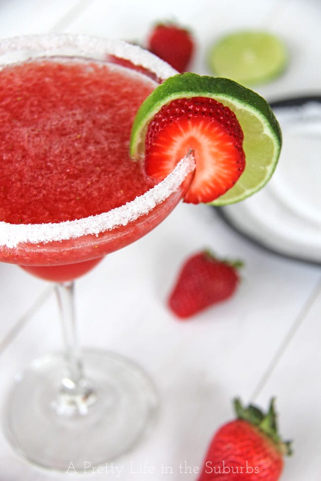 Strawberry Sparkling Wine Slushie