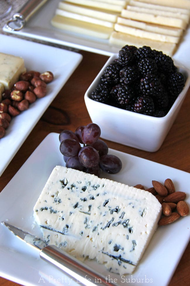 Wine & Cheese Party {A Pretty Life} #CDNCheese #simplepleasures