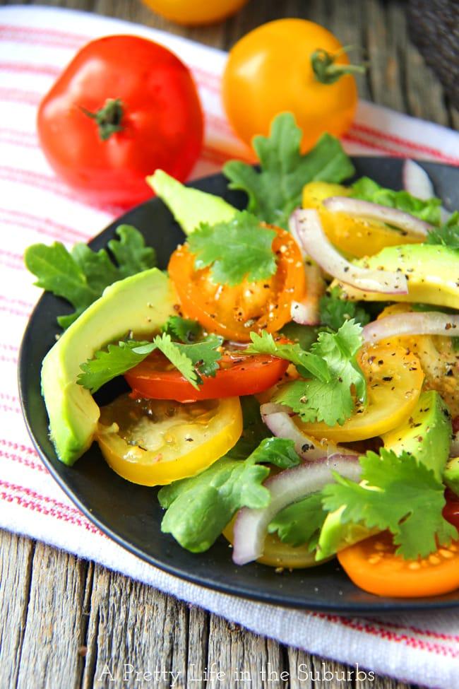 Avocado, Tomato, Kale & Onion Salad  {A Pretty Life}