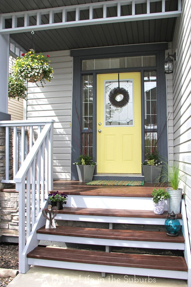 Front Porch Makeover {A Pretty Life}