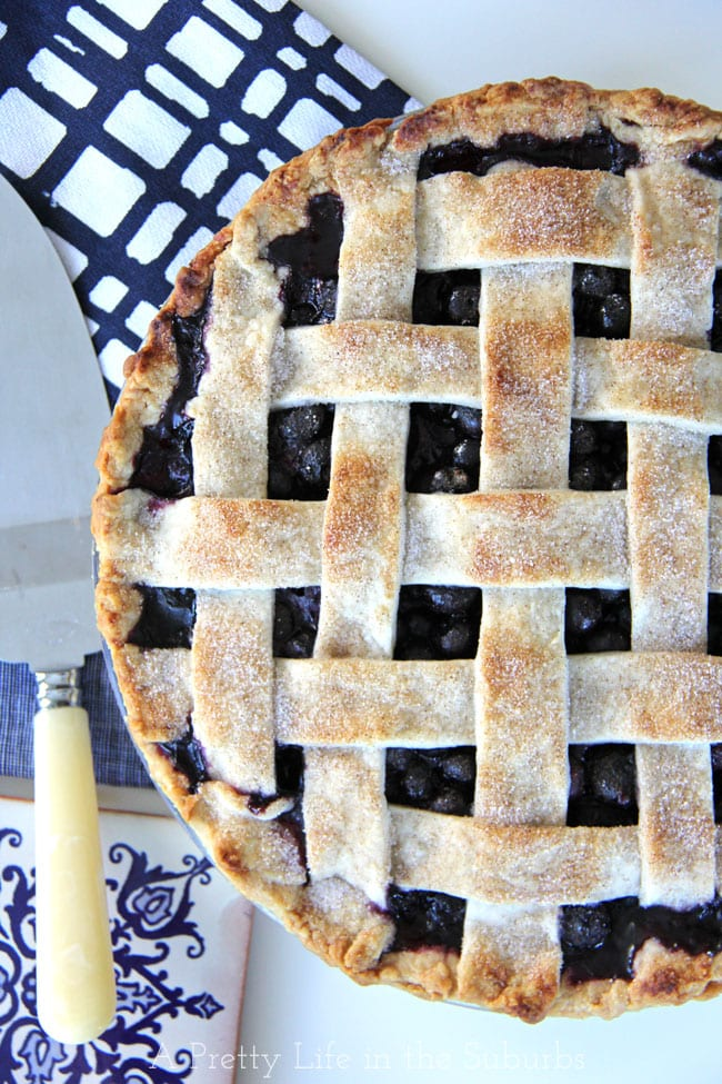 Blueberry Pie {A Pretty Life}