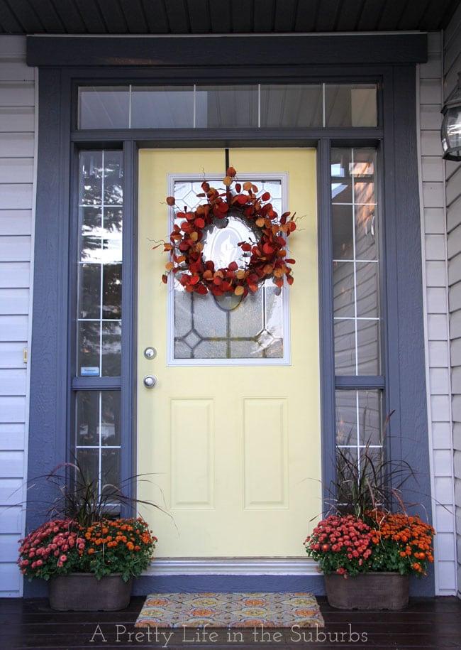 Fall-Porch-3{A-Pretty-Life}