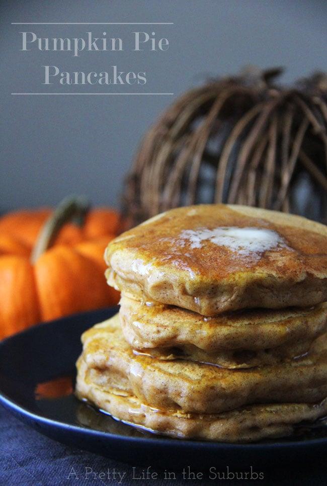 Pumpkin-Pie-Pancakes-a{A-Pretty-Life}