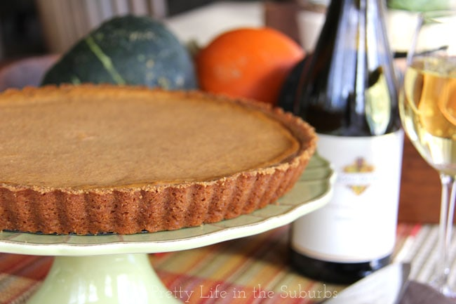 Pumpkin Tart with Gingerbread Cookie Crust {A Pretty Life}