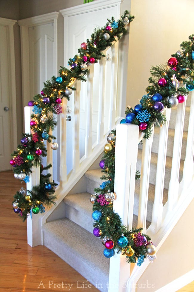 Decorating the Staircase for Christmas {A Pretty Life}