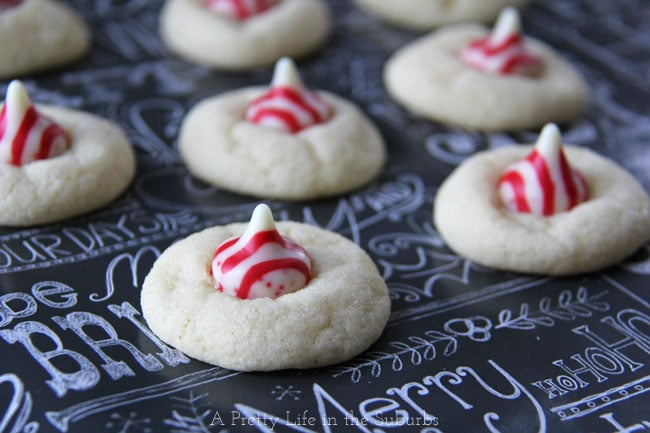 Peppermint Kiss Sugar Cookies {A Pretty Life}