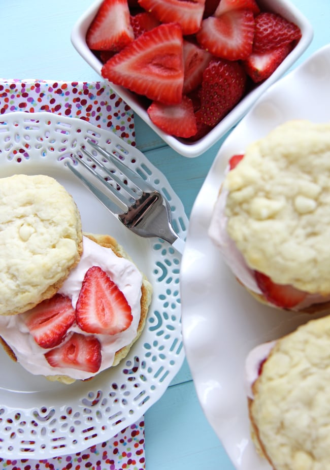 Strawberry Shortcakes with Strawberry Fluff Filling