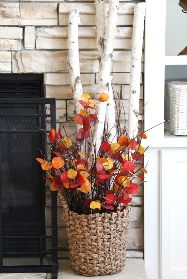 Fall Living Room Decor 3{A Pretty Life}