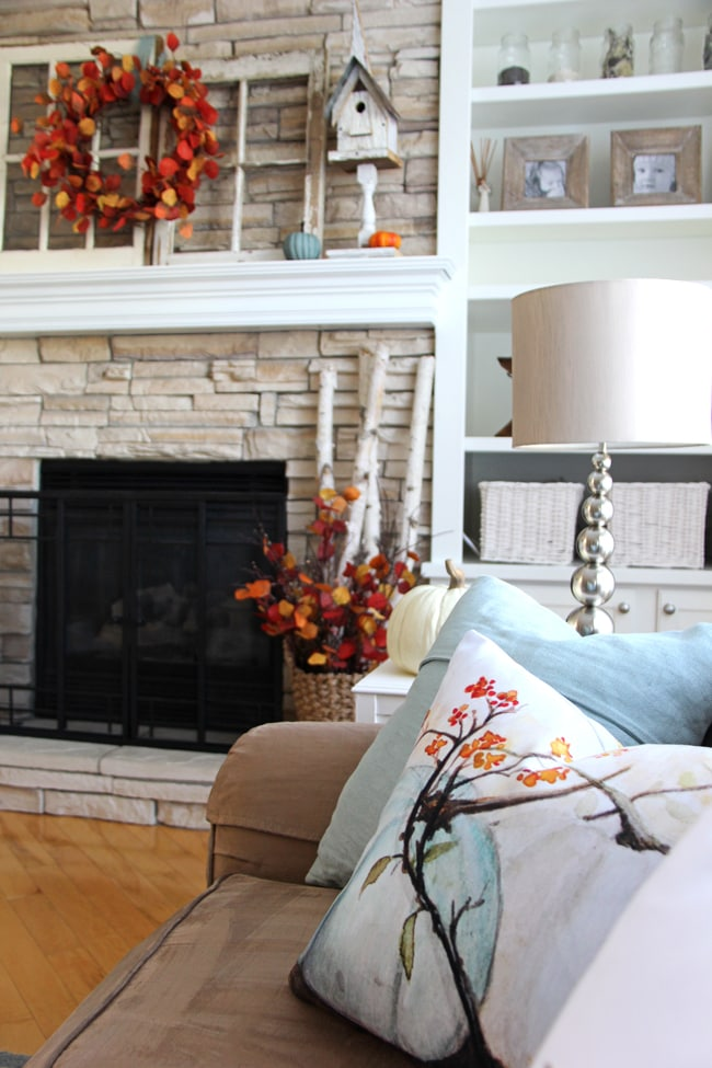 Fall Mantel 3{A Pretty Life}