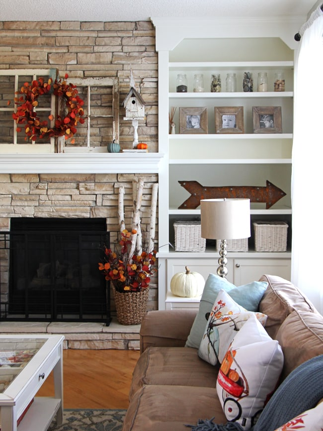 Fall Mantel 7{A Pretty Life}