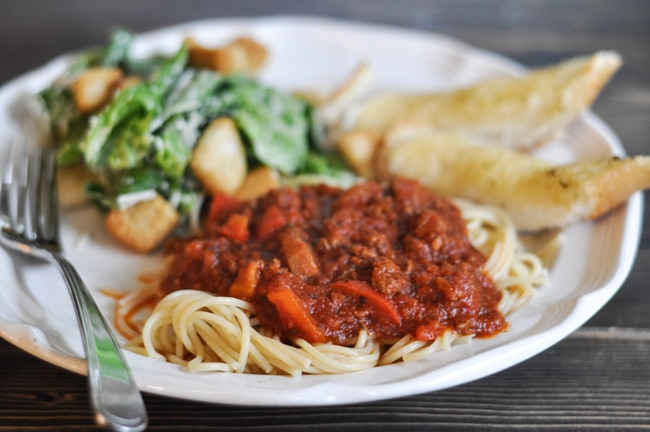 Slow Cooker Spaghetti Sauce {Suburble}