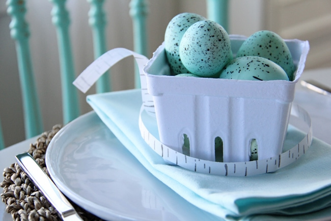 Robin's Egg Blue Easter Table Setting {A Pretty Life}