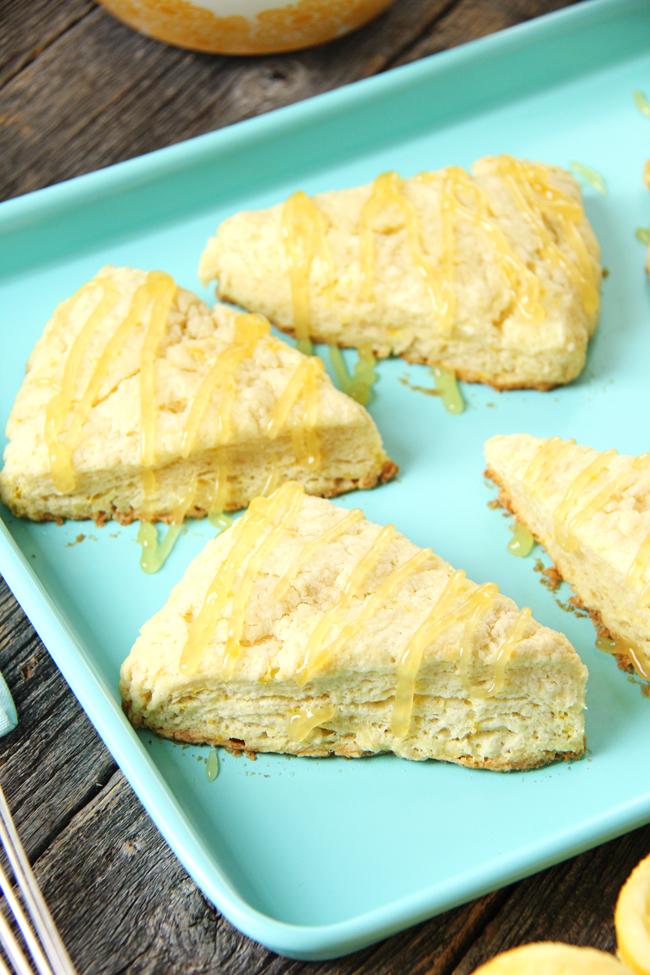 Lemon Scones with Lemon Curd Glaze {A Pretty Life}2