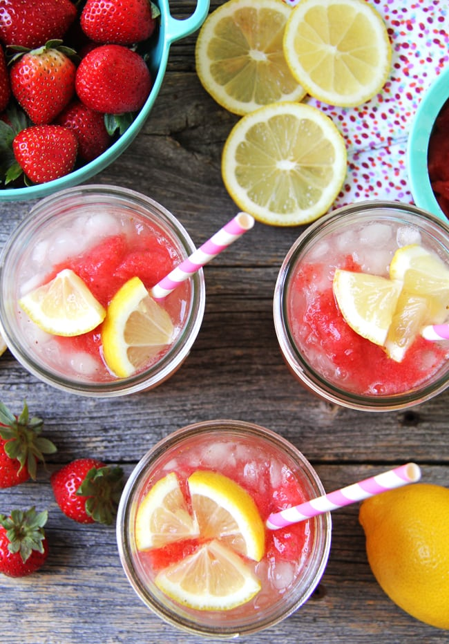 Strawberry Granita Lemonade {A Pretty Life}