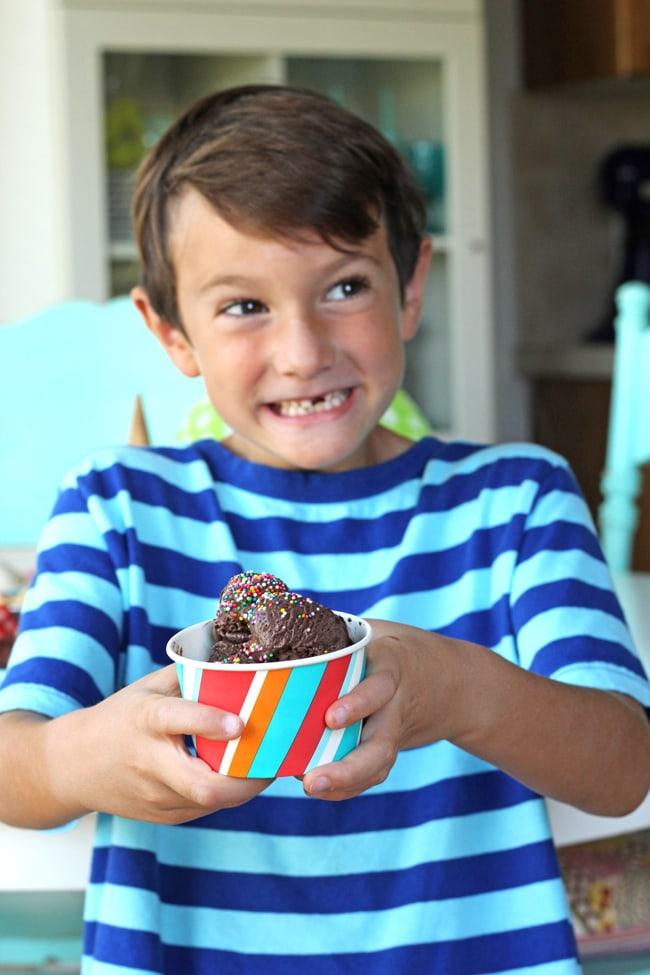 Summer Frozen Dessert Party {A Pretty Life}6