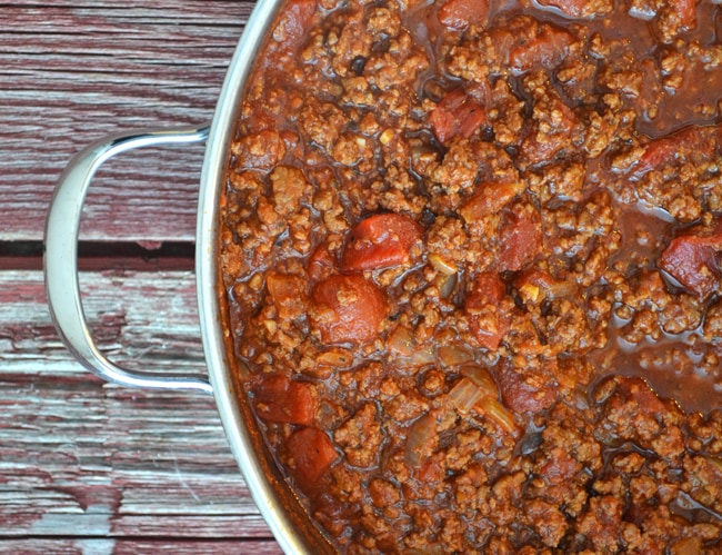 Homemade Spaghetti Sauce {A Pretty Life}