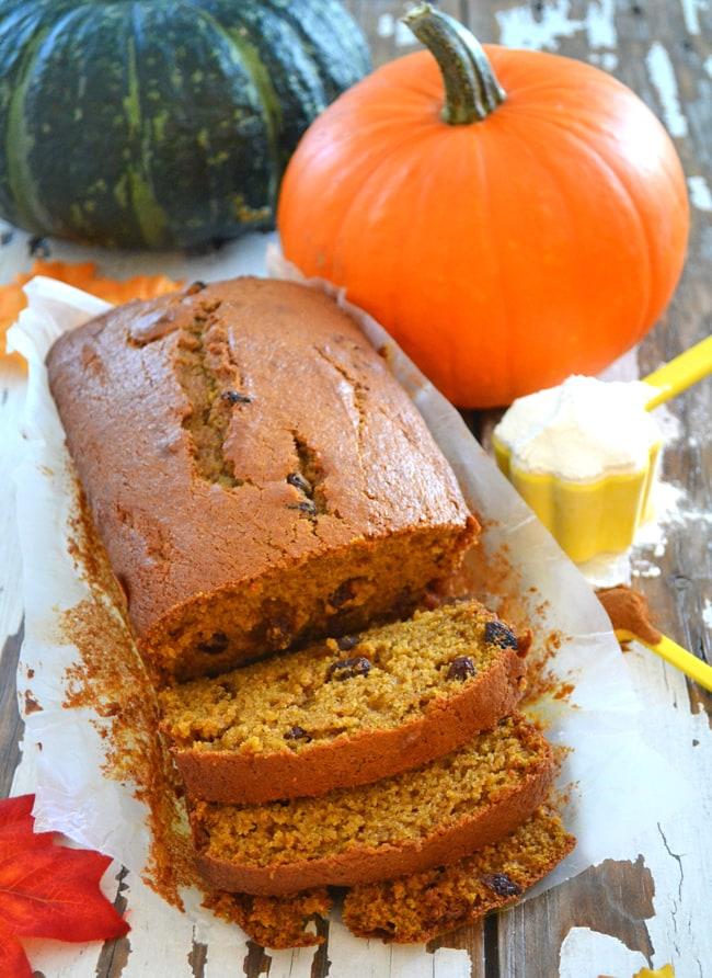 Pumpkin Spice Bread {A Pretty Life}