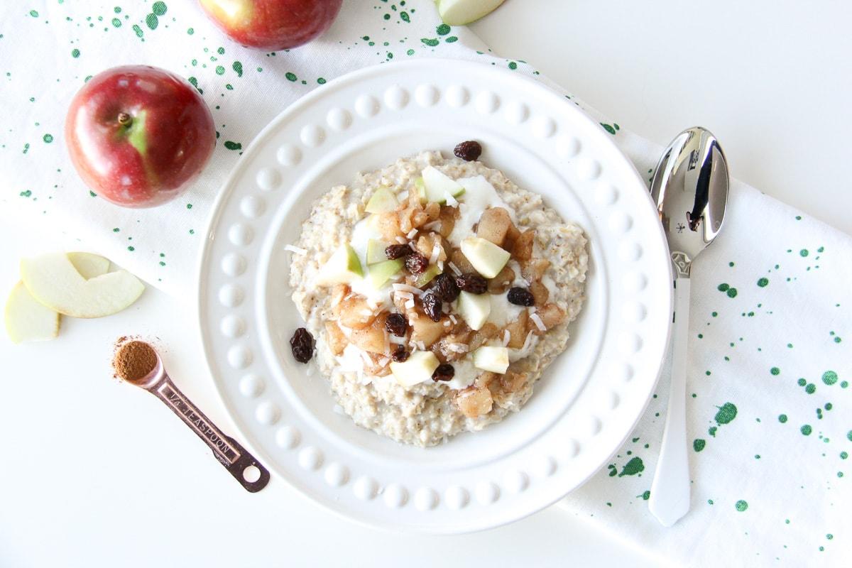 5 Minute Apple Pie Oatmeal