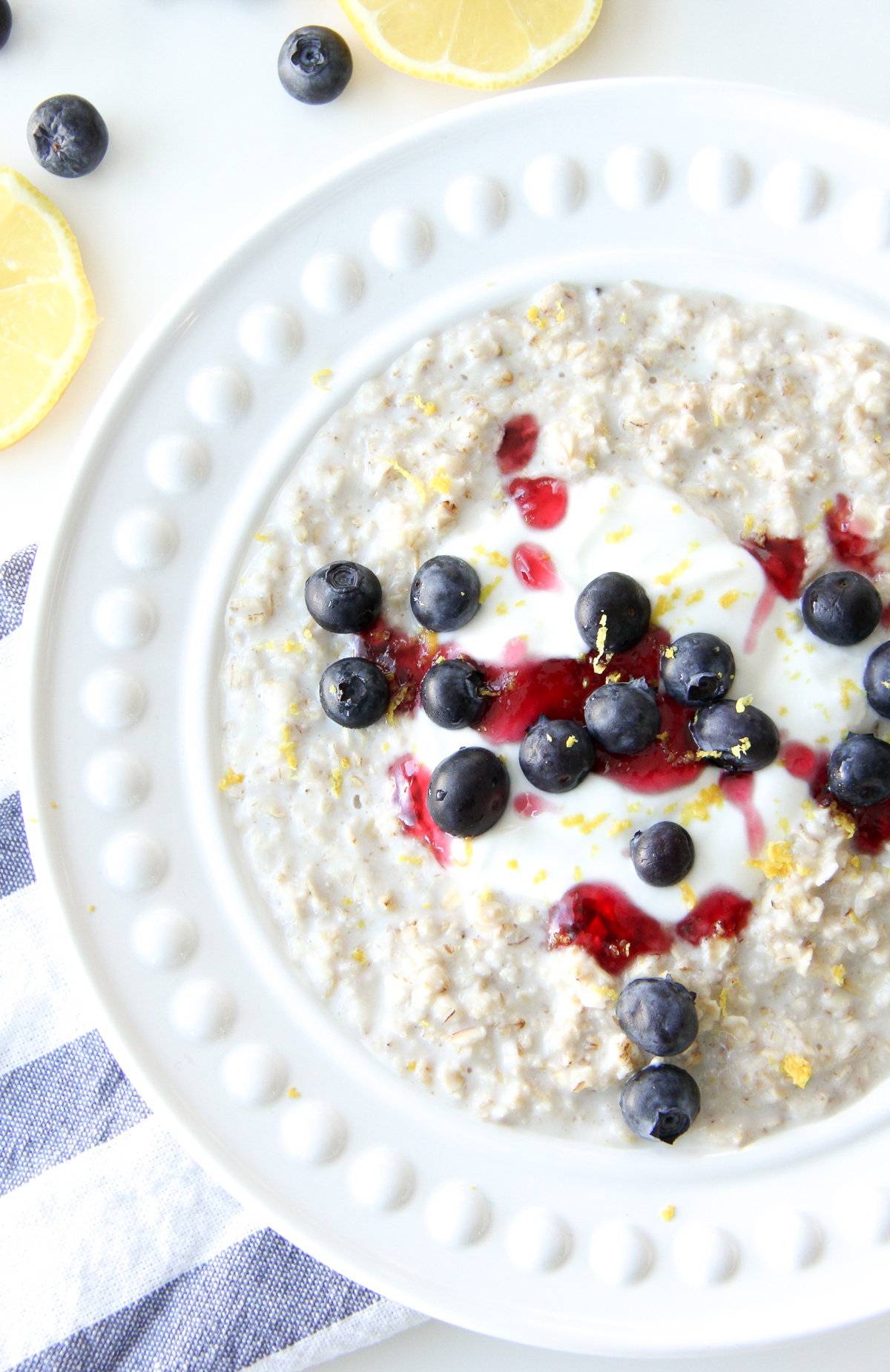 5 Minute Lemon Blueberry Oatmeal