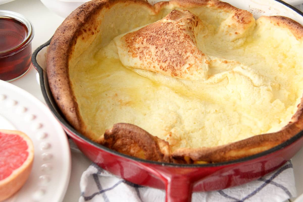 Dutch Baby Pancake Recipe // A delicious and easy breakfast!