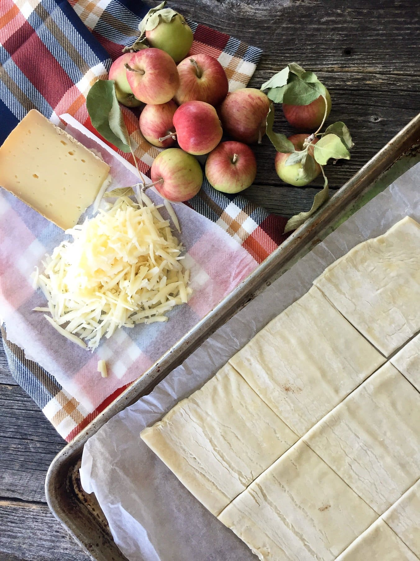 Easy Apple Turnovers with Cheese
