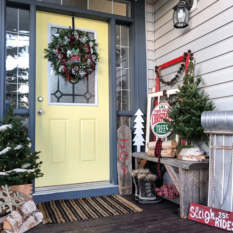 classic christmas front porch - Christmas Front Porch