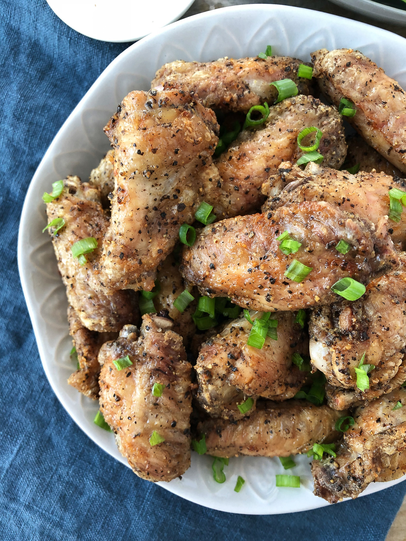 Crispy Airfryer Salt and Pepper Chicken Wings