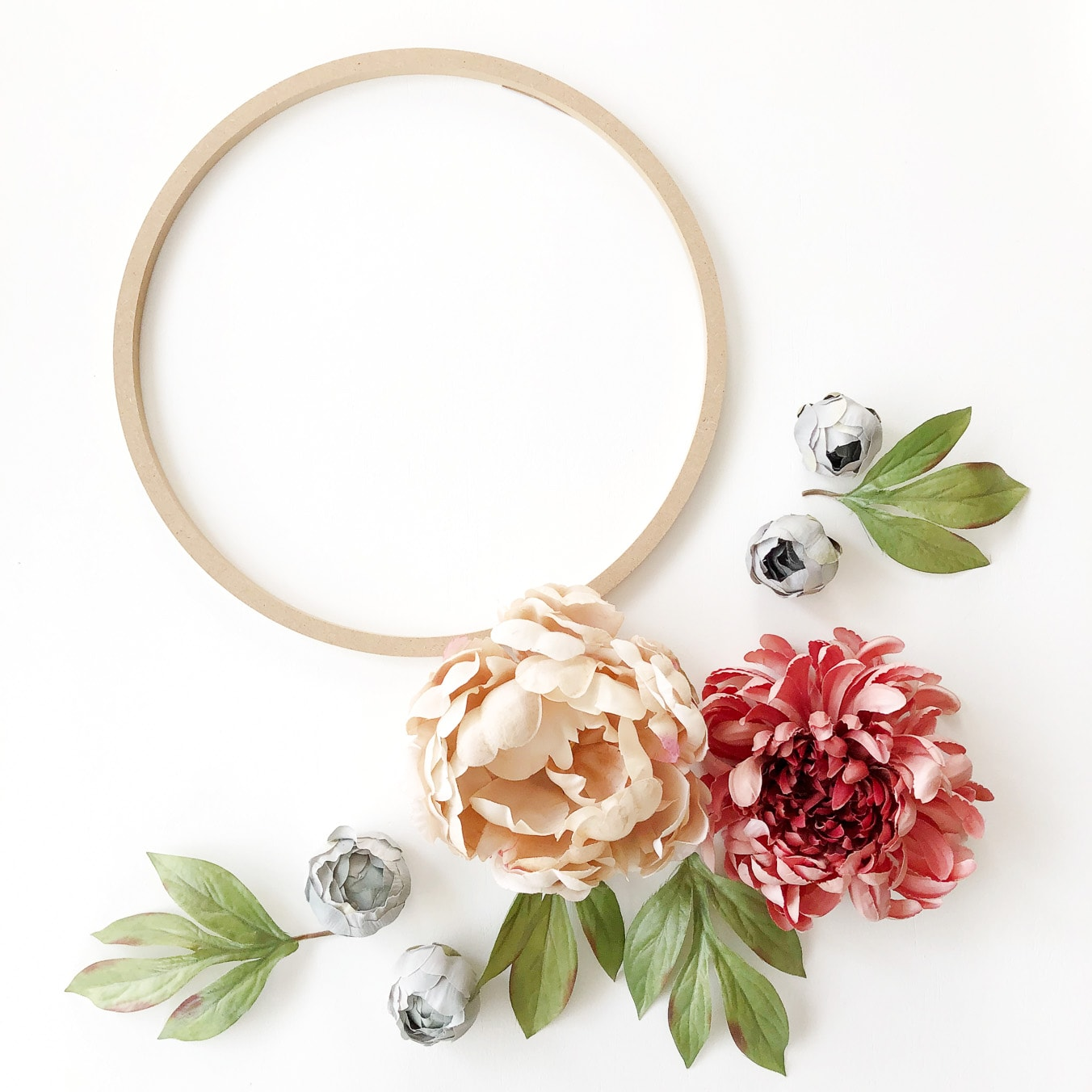 DIY Fall Floral Hoop Wreath