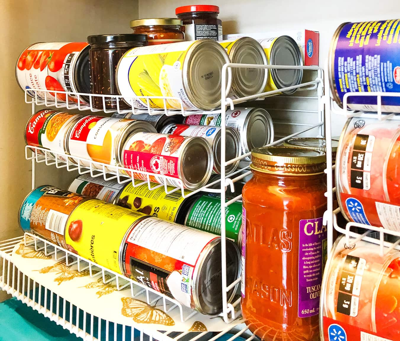 Idea for organizing canned goods in the pantry